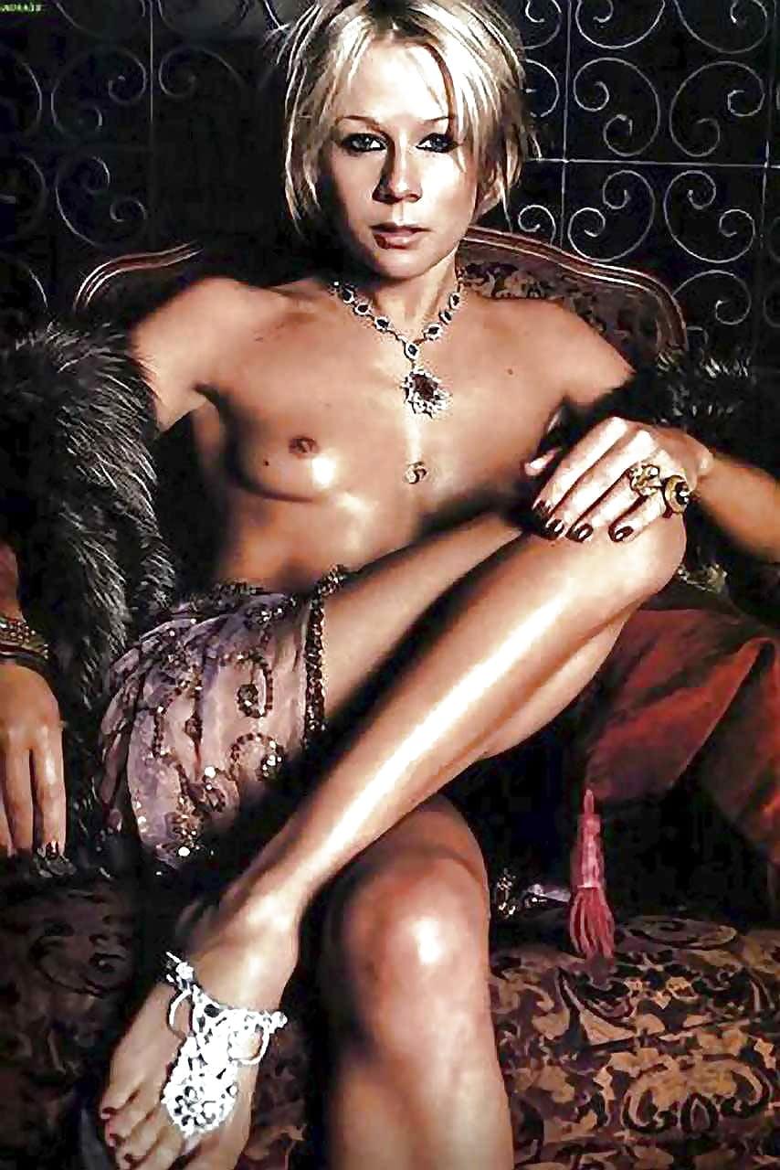 Gigi edgley sexy nue, dead girl horror movie