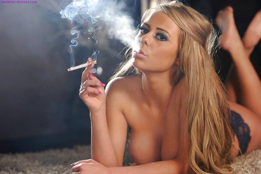 Smoking hot nude girls