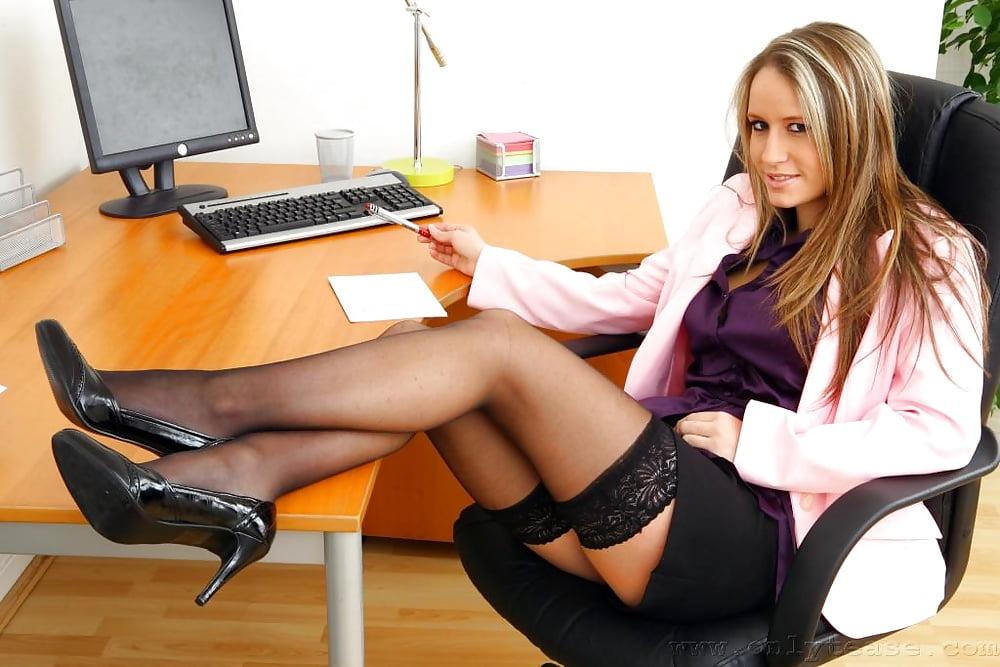 super-seksi-sekretarsha