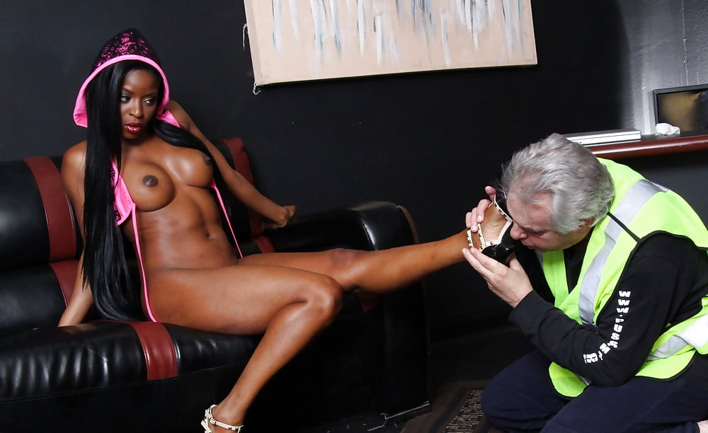 Superstar Jasmine Webb Femdom Debut Feet Worshipped 1