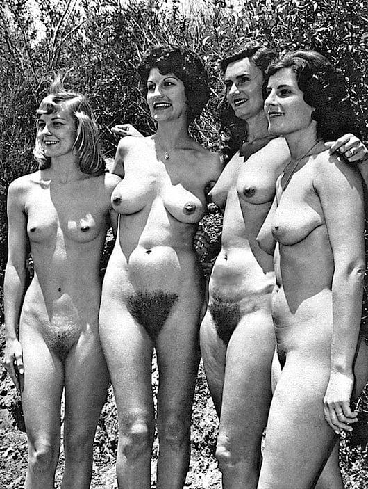 Retro Tits 80 - 10 Pics