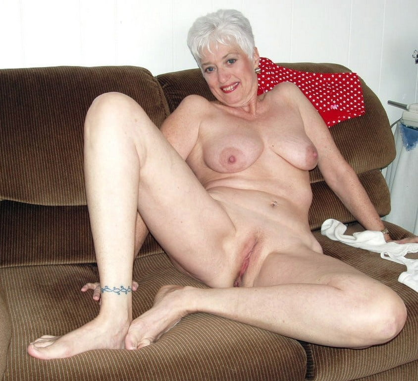 free-naked-granny-galleries