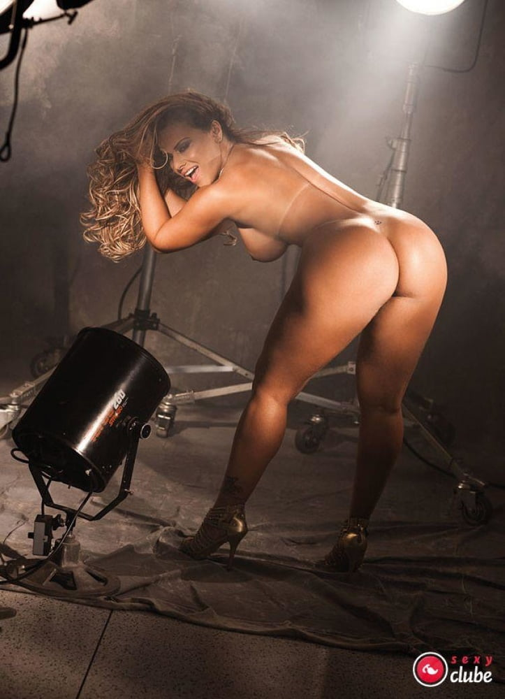 Showing porn images for shemale laura araujo porn