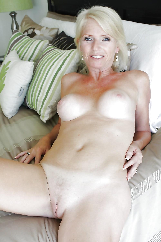 amature-cougar-naked