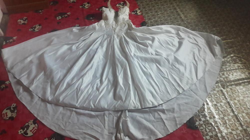 Huge tits wedding dress-9593