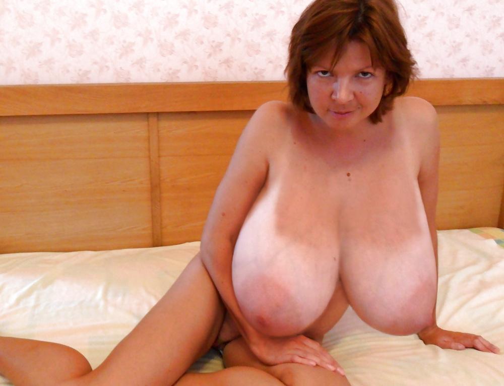 Machen sie brüste größer aussehen