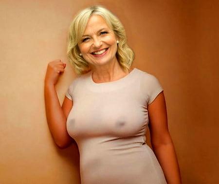 Carol kirkwood nackt