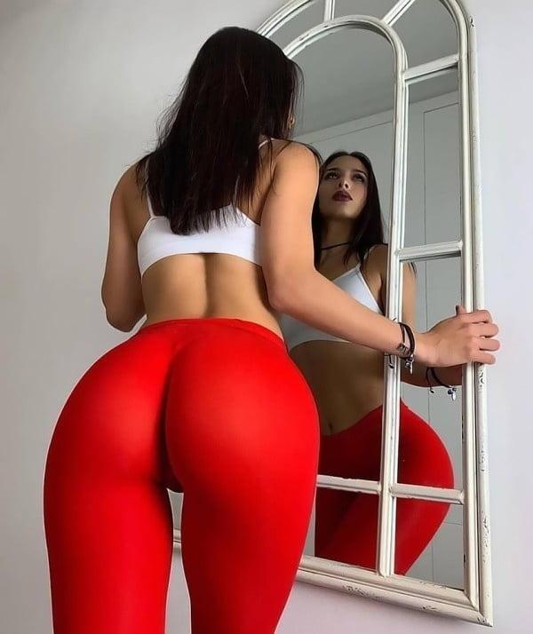 Tight Yoga Pants Porn