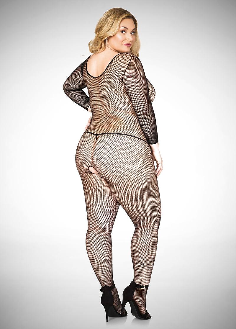 leotard-nude-plus-size-milf