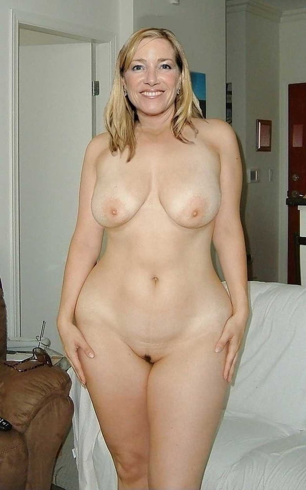 From MILF to GILF with Matures in between 275 - 494 Pics