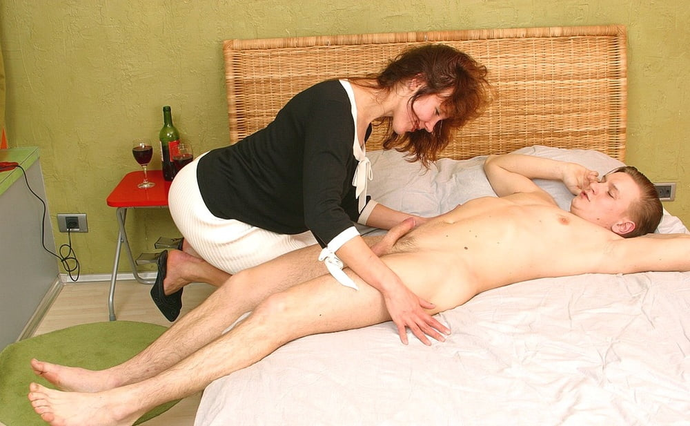 Russian mommies prefer young stallions - 302 Pics