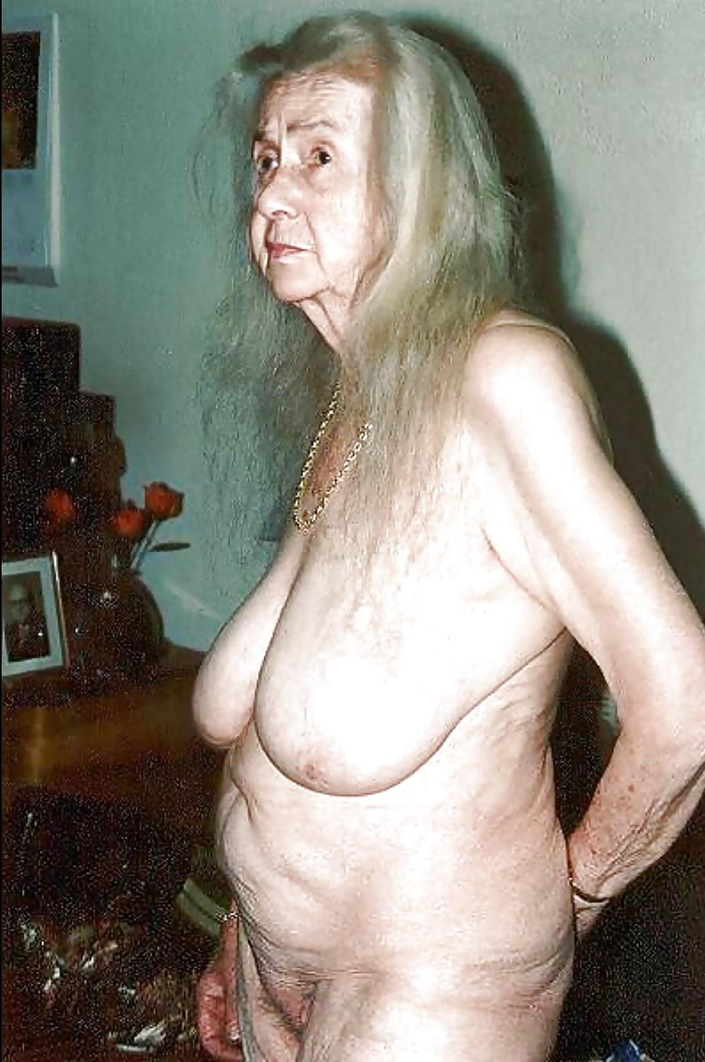 картинки очень старых голых женщин