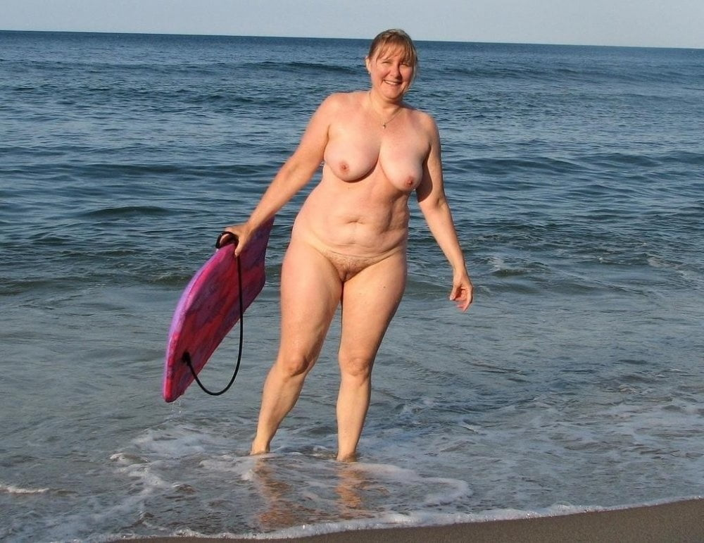 porn-movie-chubby-mom-at-beach-nude-memek-abg-mulus