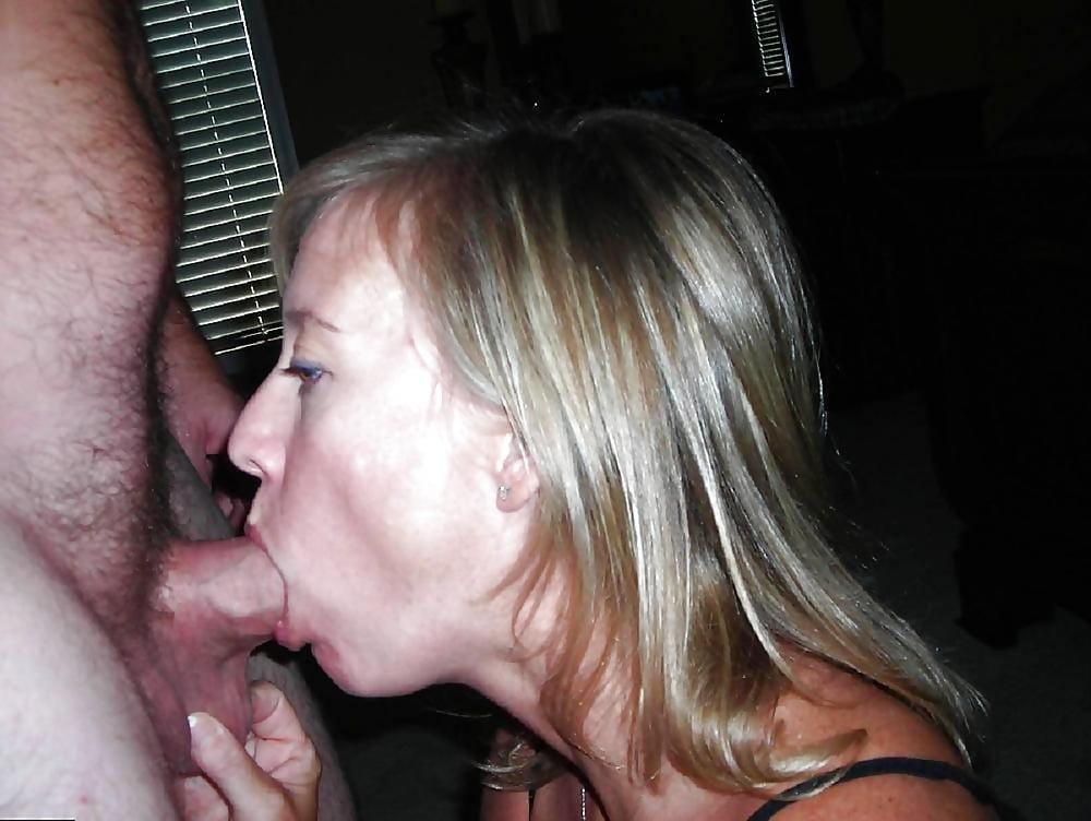 Секс зрелыми сгоришь под солнцем сосать хуй женщина