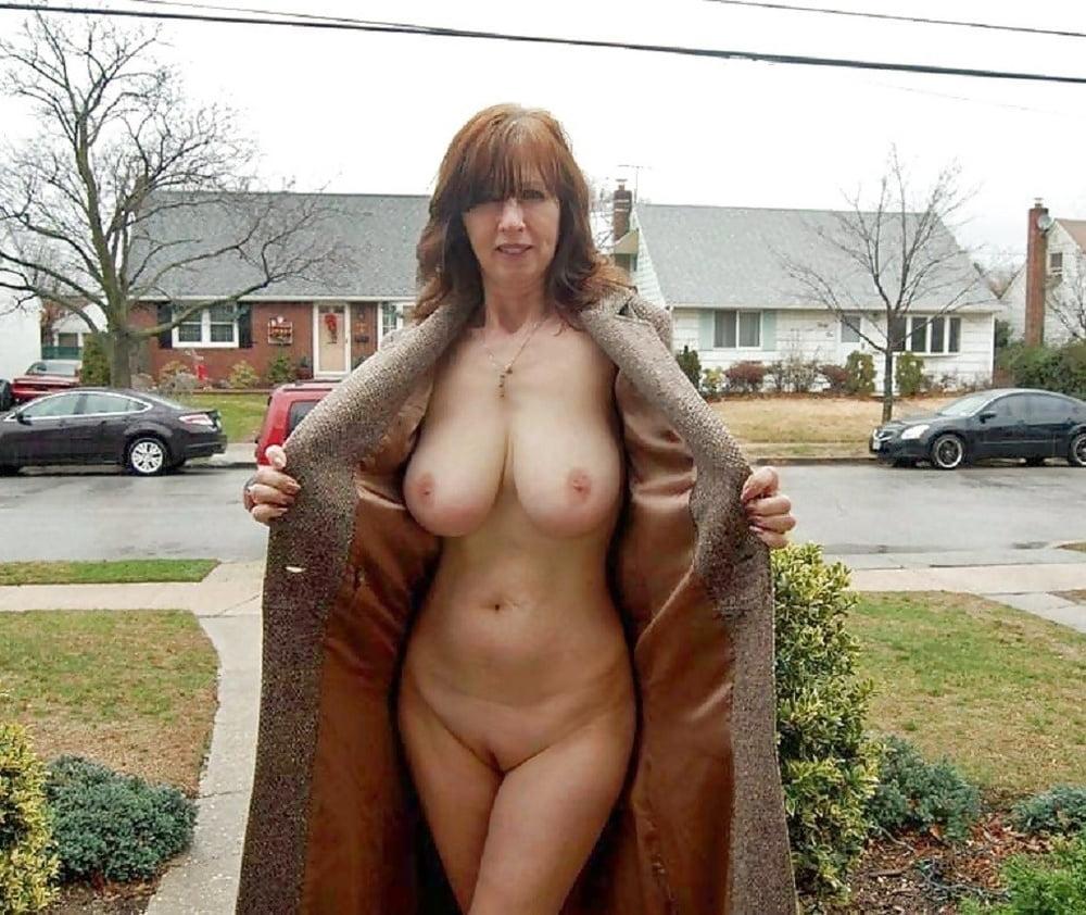 Mom boobs in public