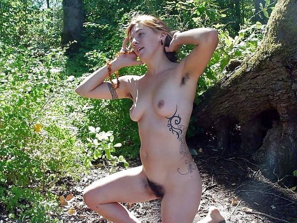 naked-gf-hippie