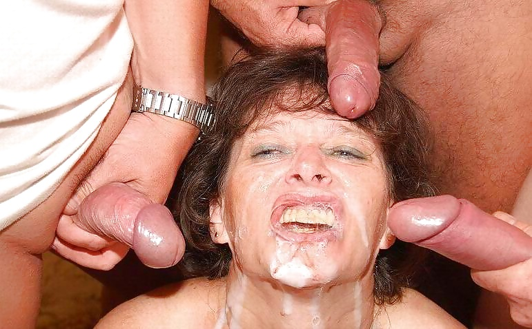 porno-glotaet-spermu-gruppovuha