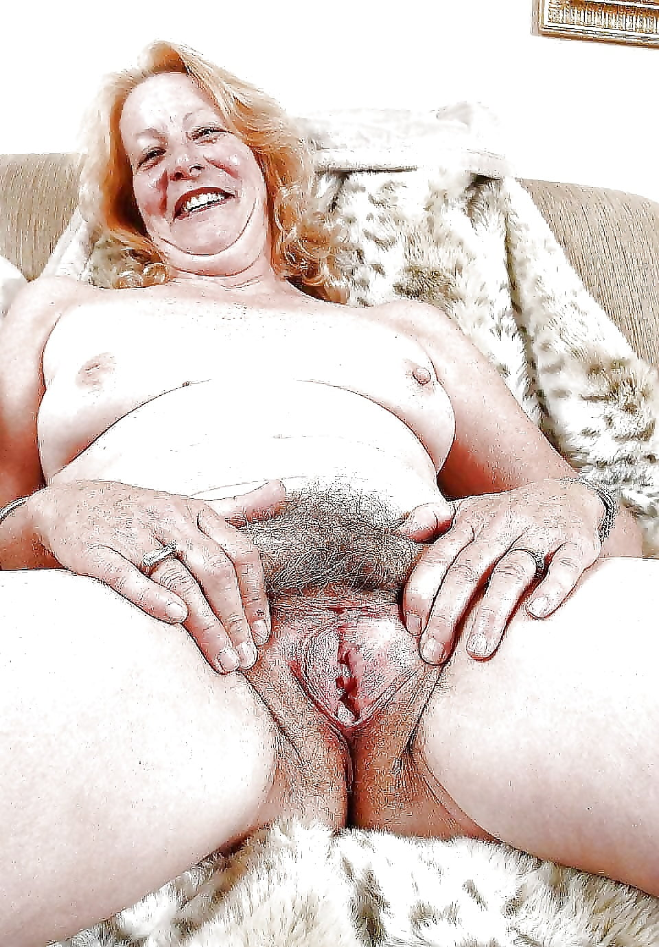 free-thumbs-mature-granny-pussy-cunt-connelly-naked-requiem