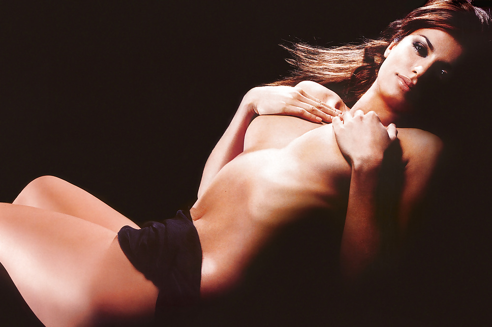 Elisabetta canalis video naked — pic 11