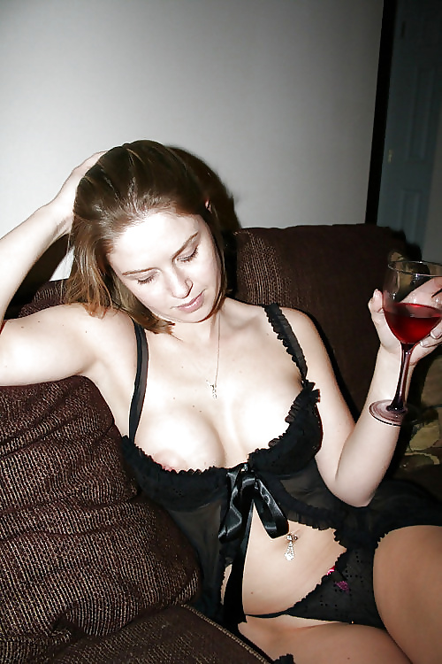 44 dd naked boobs