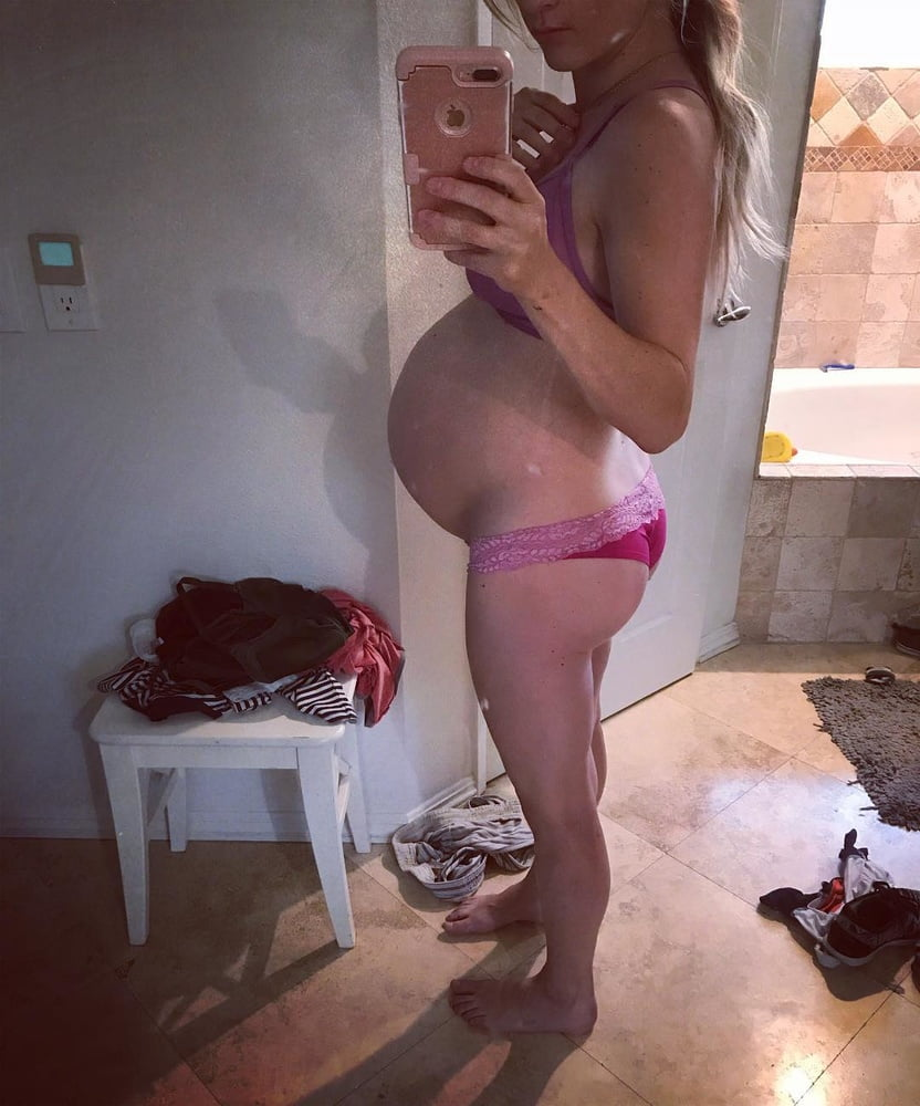 Sexy pregnant wifes