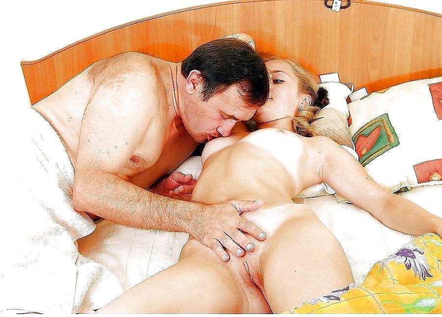 клитор сосут порнорассказы мама дочь и папа
