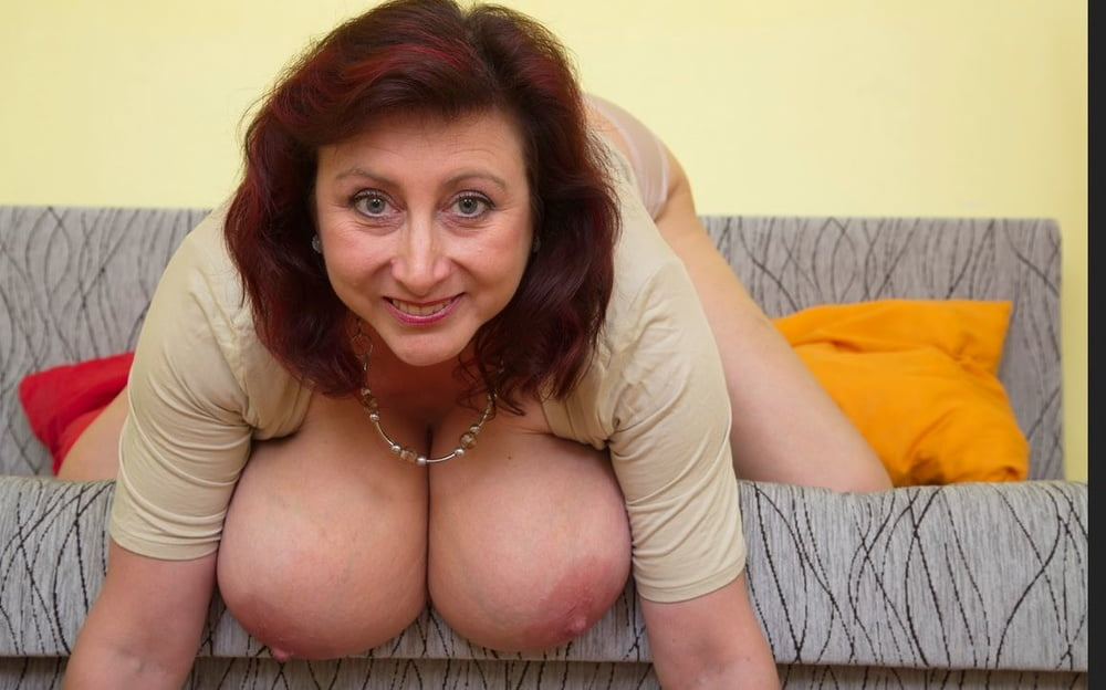 British housewife showing off her big tits