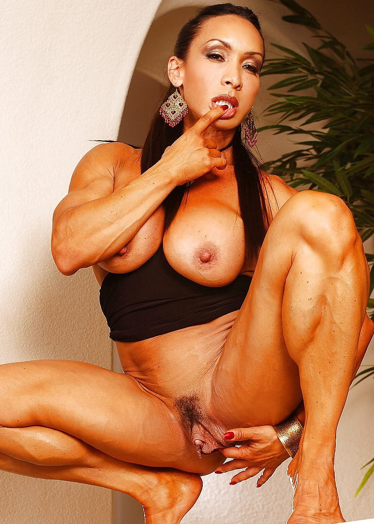 greasy-naked-denise-masino-xxxl-sex-girl-and-animal