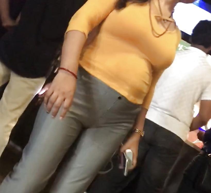Voyeur Bhabhi Ass With Boobs Panty Line 18 Pics Xhamster