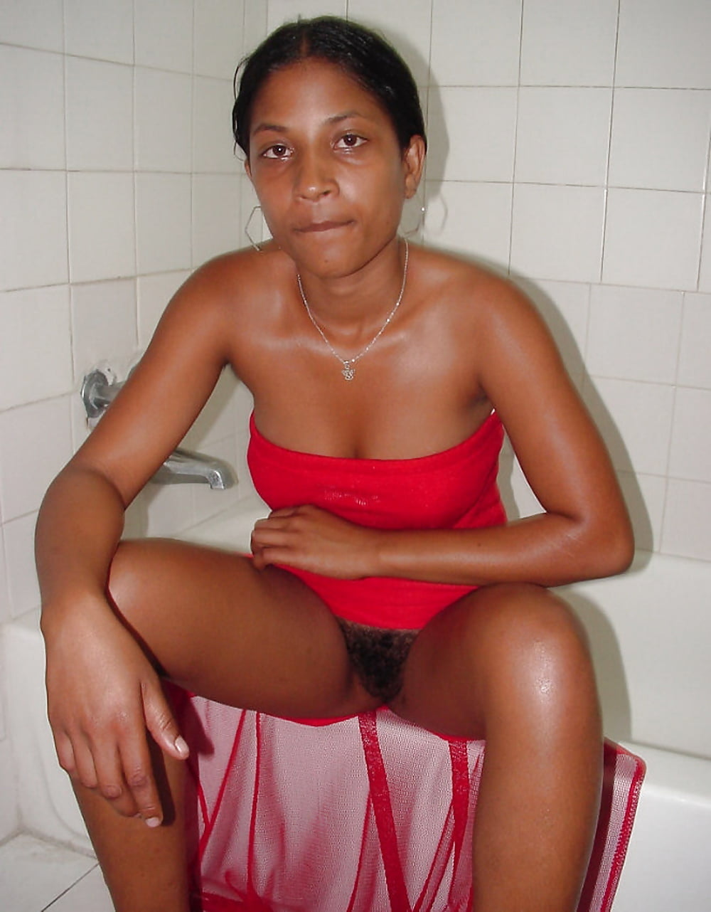 Sri lankan girl nude panty photo #13