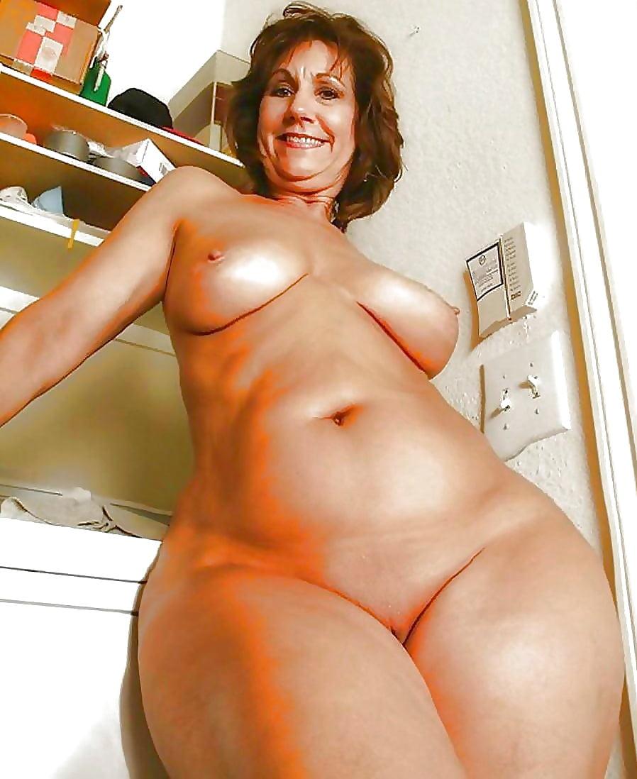 Curvy Mature Nude Women Tumblr