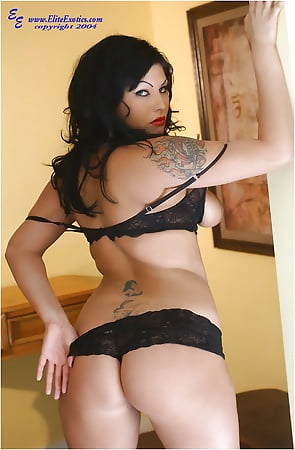 Hot Shelly Martinez Nude Gallery Images