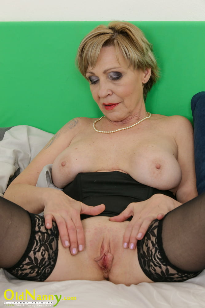 Extreme Sexy Model Milena Plays With Blue Dildo