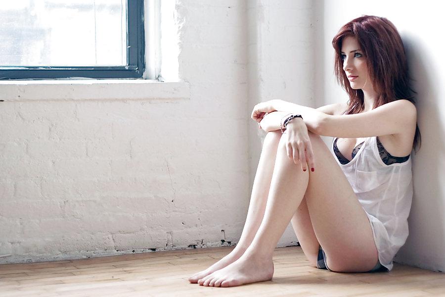 nude-annie-violet