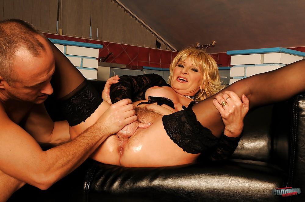 порно ролики где ублажает мужа экстремальными методами