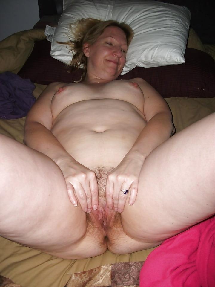 Bikini Mom Nude Fuck Pic
