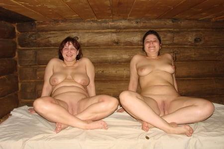 Oma nackt in sauna