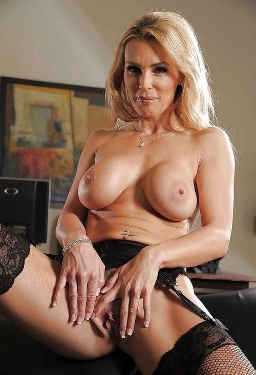 cougars-porn-stars