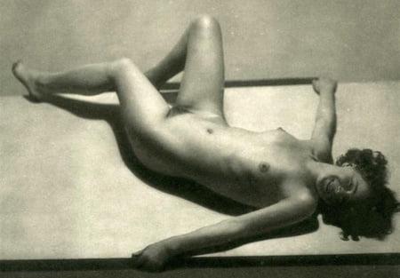 Nackt Annette Kellerman  Category:Nude women