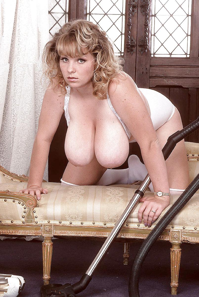 Rhonda Baxter Boobs