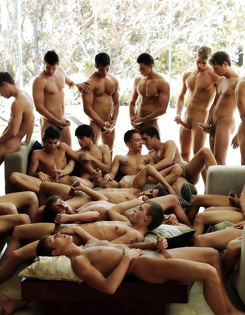 naked-groups-of-boys-milf-fucked-in-kitchen-gif