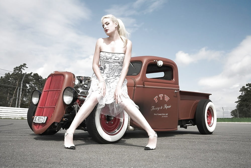 naked-hot-vintage-girls-and-hot-rods-free-video-interracial-shemale