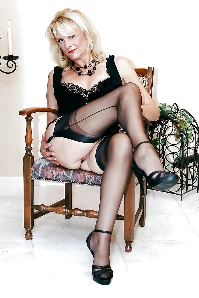 sexy-mature-european-lady-pictures