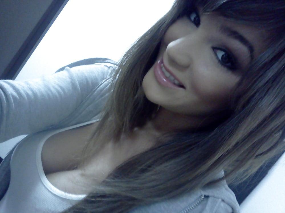 Hot brunette college girl-9880
