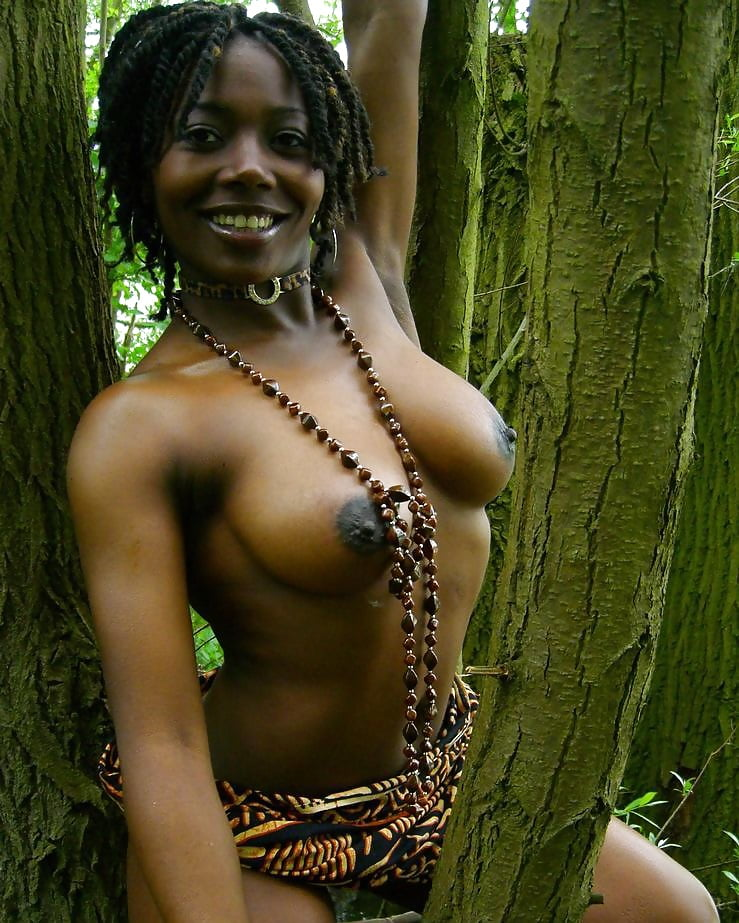ebony-nude-jungle-pics