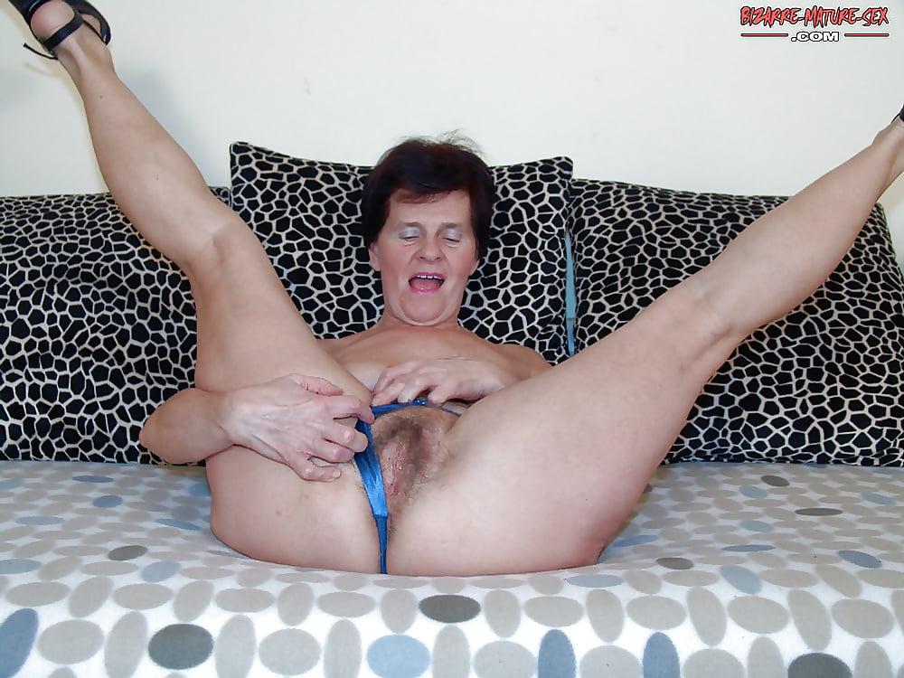 Girls Riesenschwanz Brustwarzen Vibratorsex