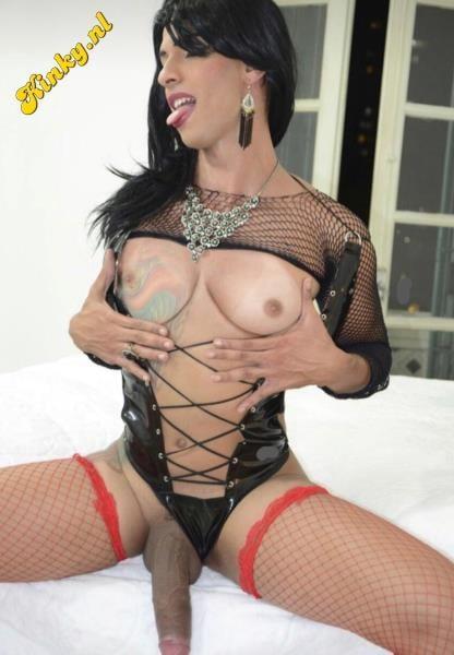 Fucking gorgeous transgender prostitute in my vegas hotel room