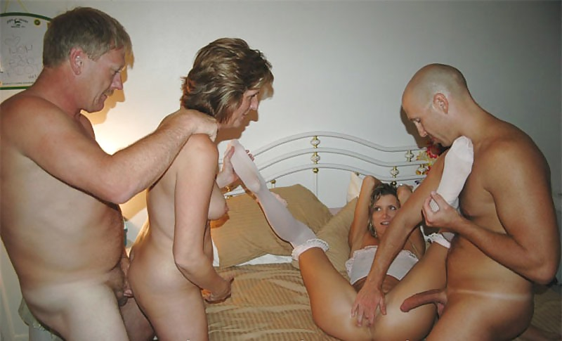 amateur homemade old and young swinger orgy bilder