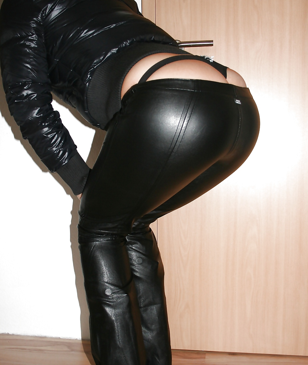cum-leather-pants-babes-naked-naked
