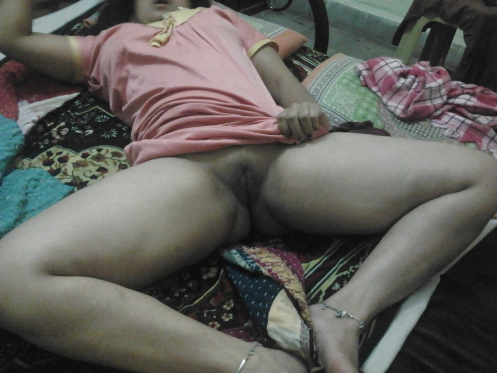 Indian Middle Aged Aunt Hidden Nude